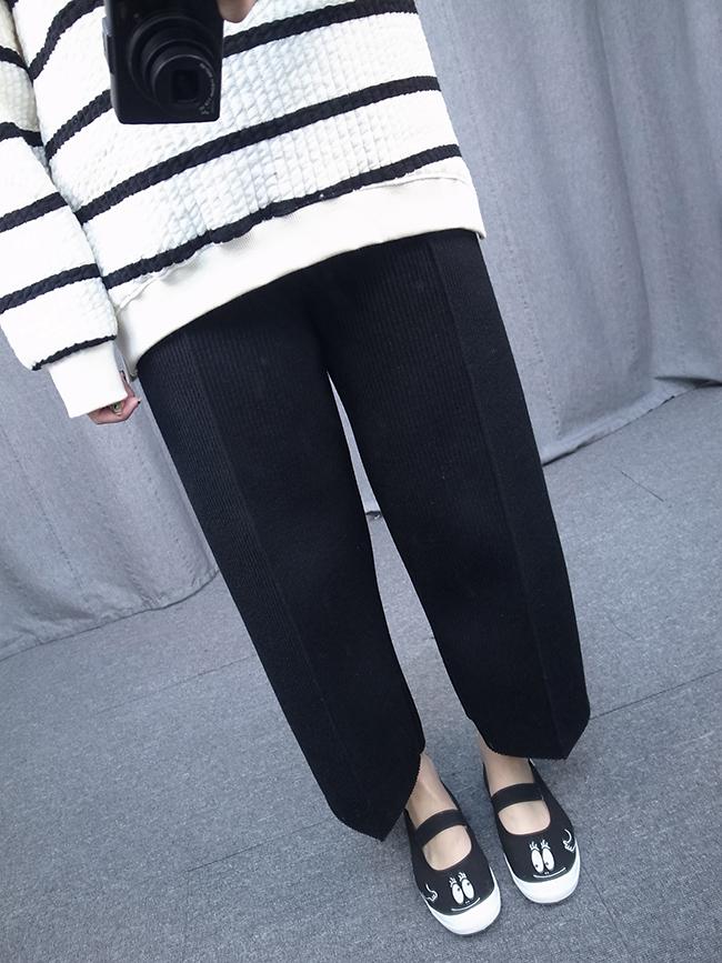 立體紋路太空棉寬褲