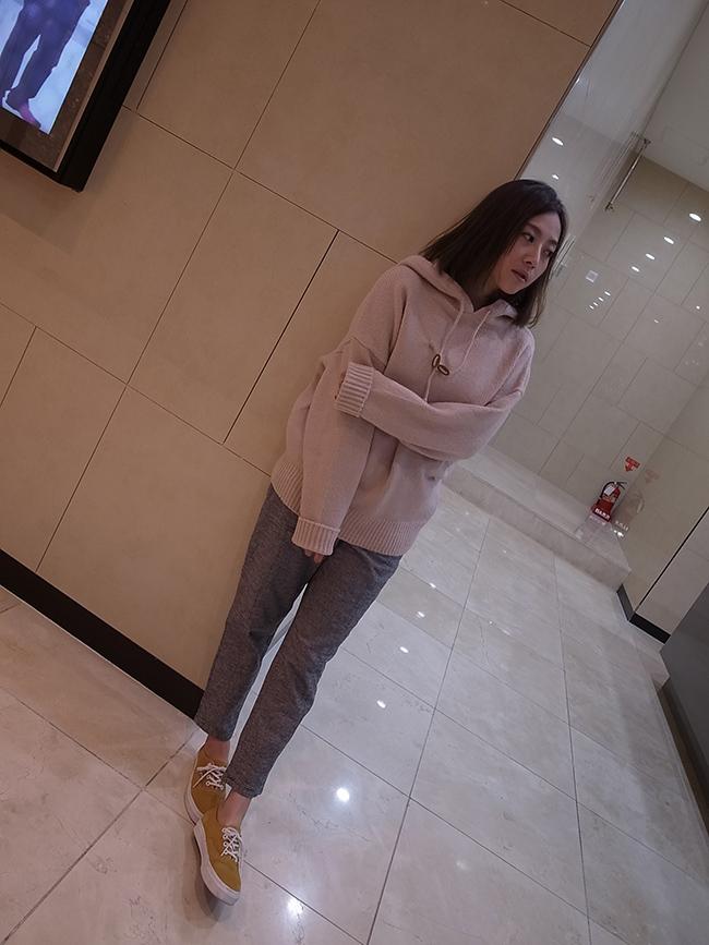 【kiki自留款】三角皮革鬆緊格紋休閒褲
