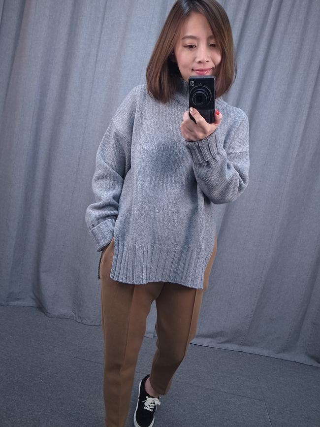 小高領側開衩毛衣