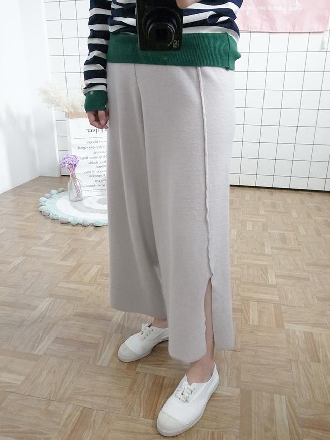 褲腳開衩針織休閒寬褲