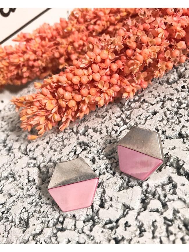 粉嫩色拼接金屬耳環
