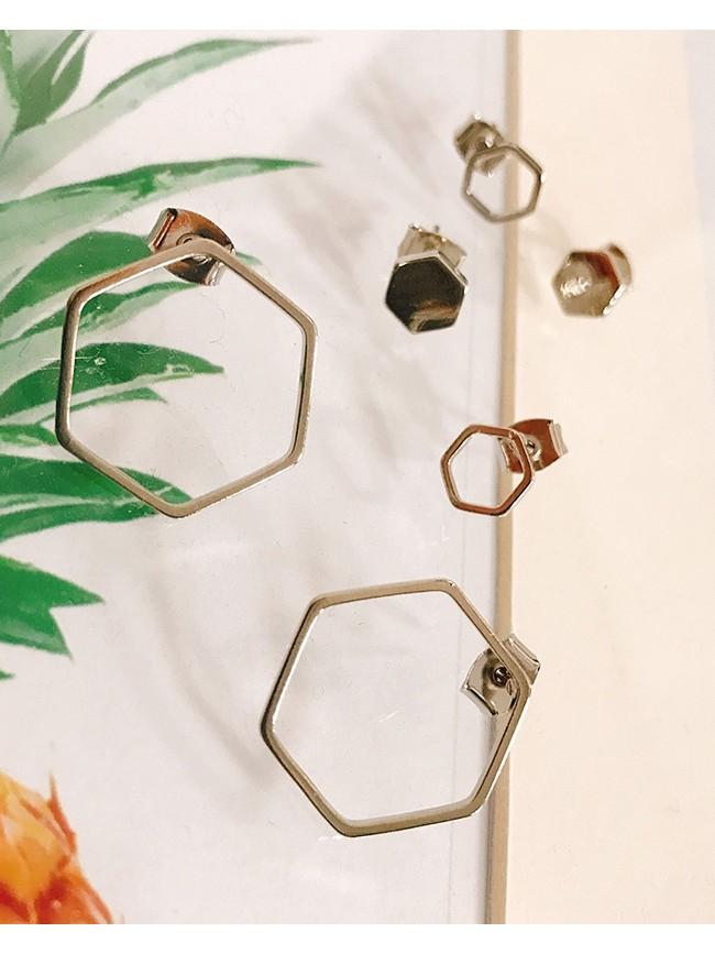 六角形縷空耳飾
