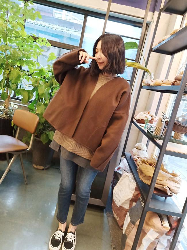 大口袋銅釦羊毛大衣