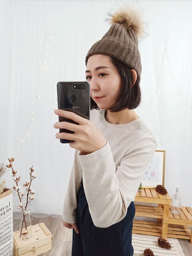 混色毛球針織帽