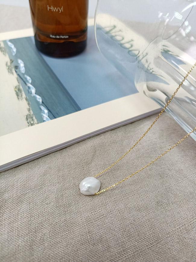 侵蝕感珍珠項鍊