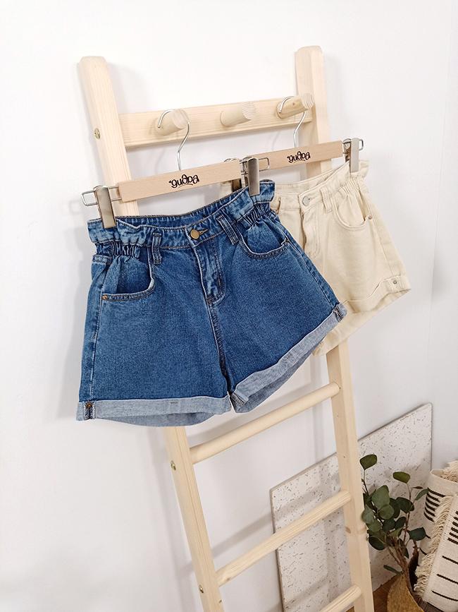 假反褶鬆緊造型短褲