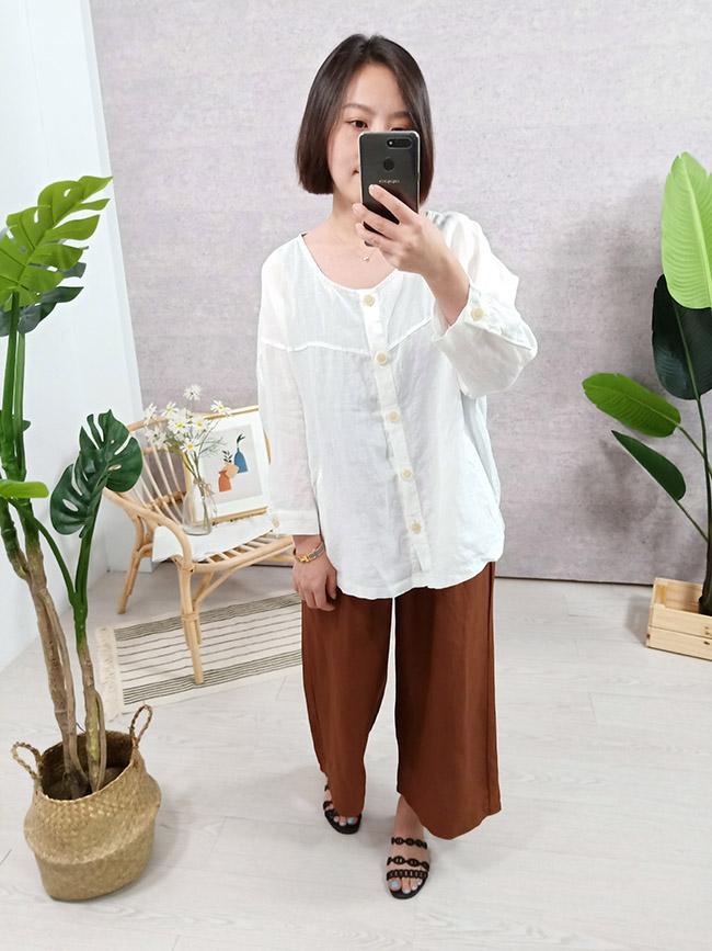 亮色棉麻排釦罩衫
