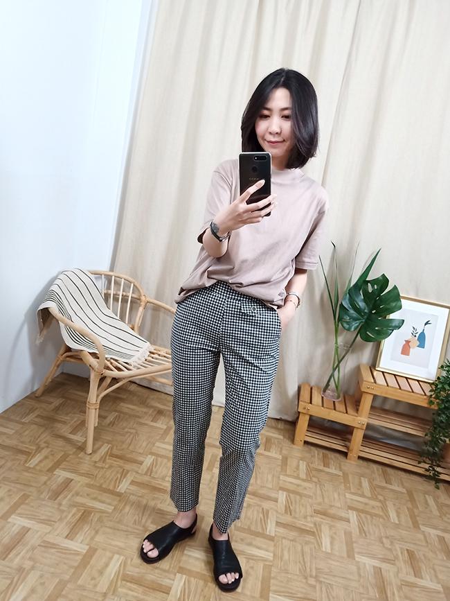 單釦顯瘦格紋褲