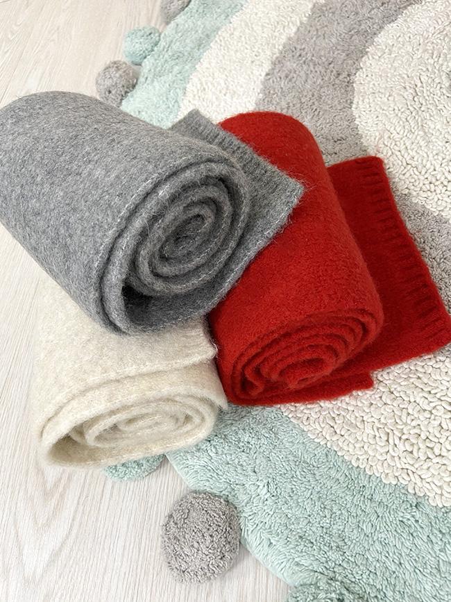 基本款素面圍巾