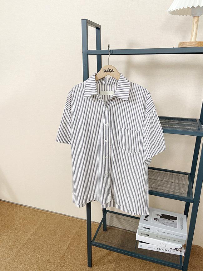 簡單又好看的條紋襯衫