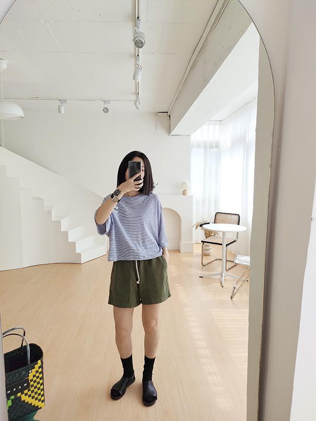 同色拼接休閒短褲